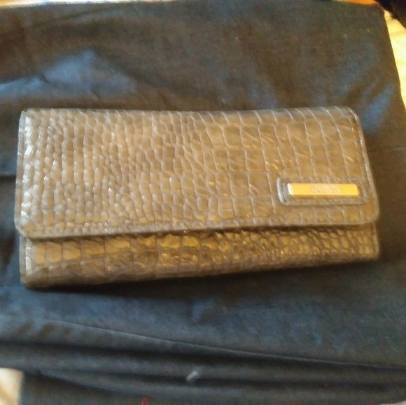 Kenneth Cole Reaction Handbags - Kenneth Cole Wallet